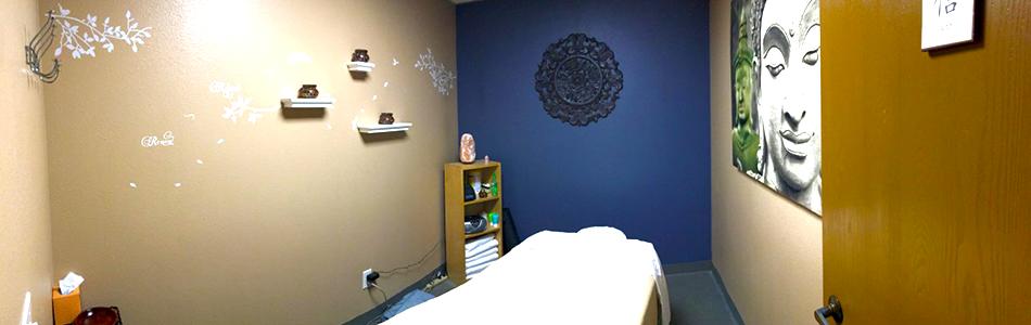 San Diego chiropractor, massage and acupuncture